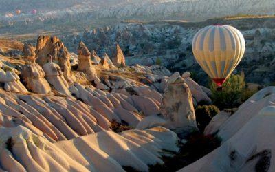 foto balão sobre o Vale Vermelho